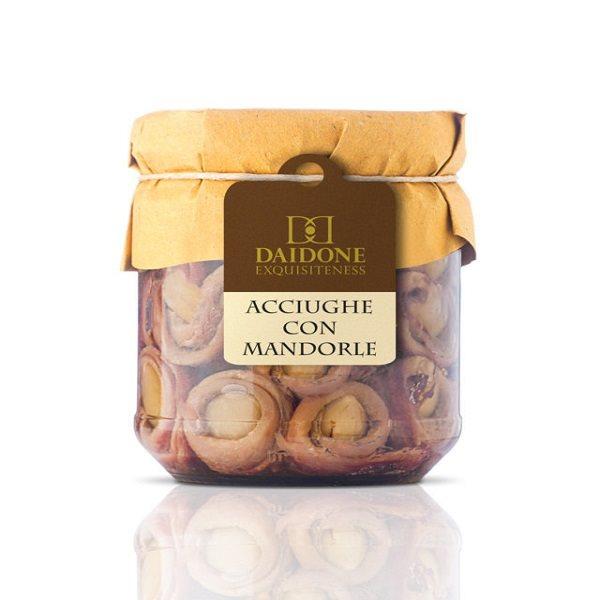 Acciughe Arrotondate con Mandorle Artigianali Siciliane in Olio di Oliva - Vasetto da 200g