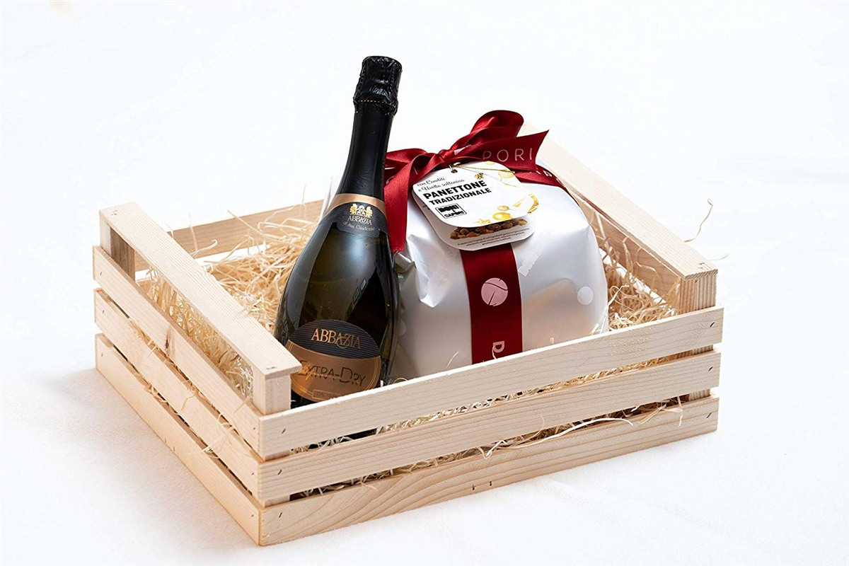 Gourmet Gift Box - Wooden Box with 1 Kg Craft Panettone and Abbazia Spumante