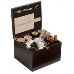 Renoir Box for gift box with cutting board