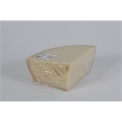 Grana Padano DOP - A Eighth Vacuum - AGED 18 MONTHS (4.5 kg. Approx)