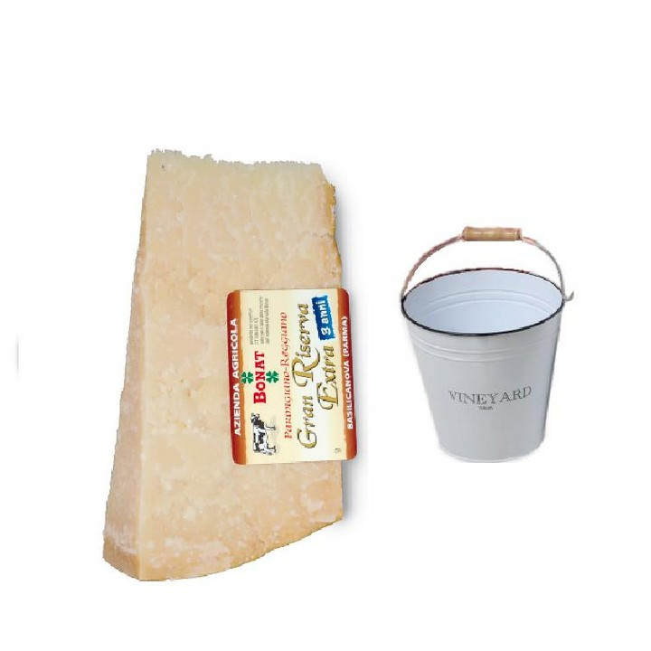 photo Parmesan Cheese Bonat 1KG aged 24 months +  rounded ice bucket included