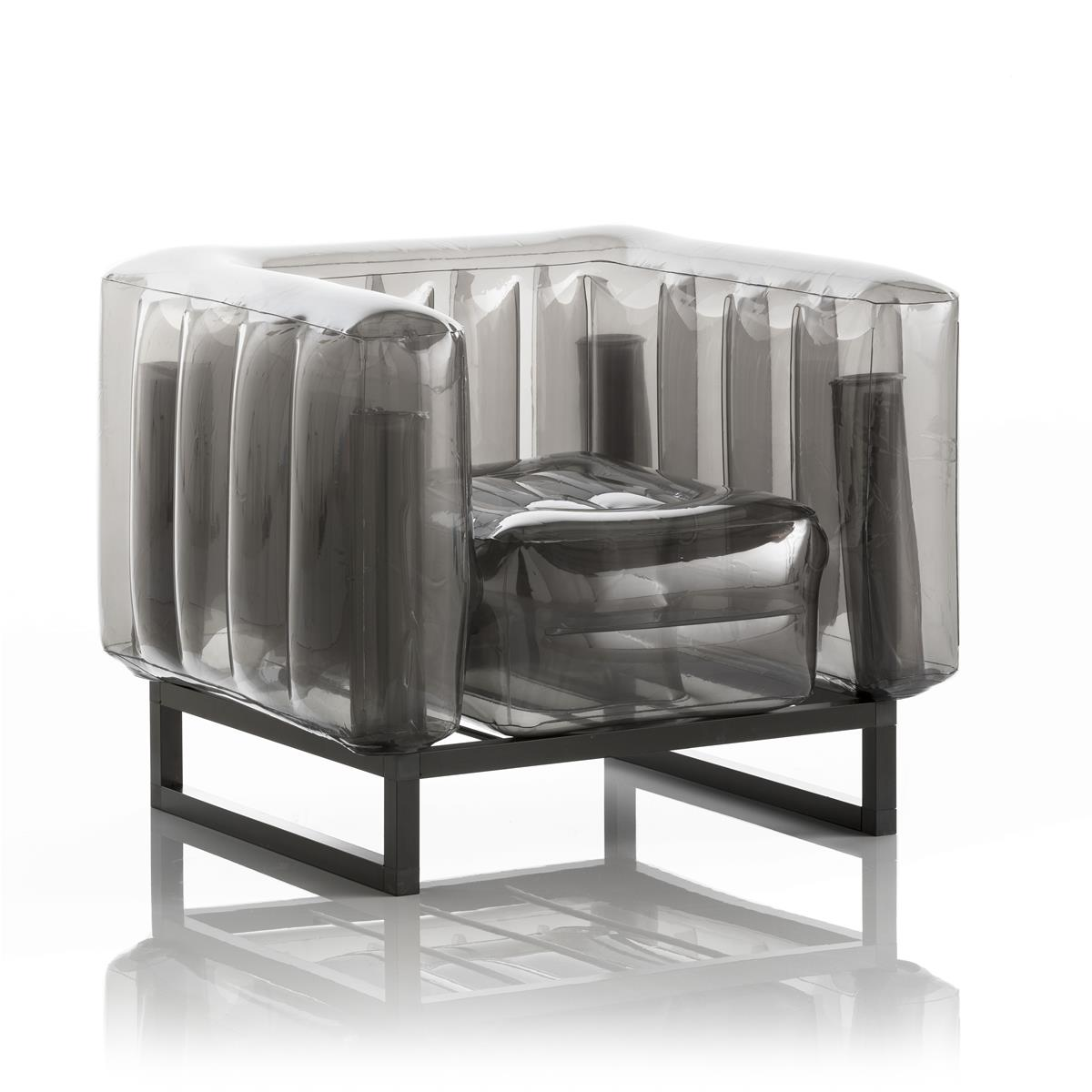 Aufblasbarer Sessel mit Metallstruktur - YOMI Linie - Schwarz