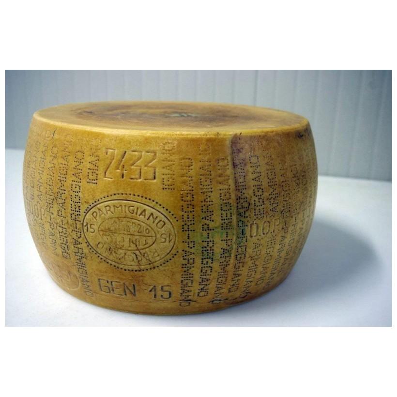 Parmigiano Reggiano - 5 anni - kg 40 circa (intero) - Gran Riserva